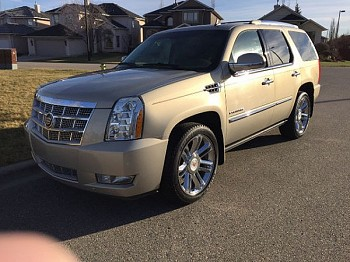 2010 Cadillac Escalade for sale by owner Calgary, Alberta